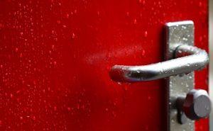 שיטות לתיקון דלתות