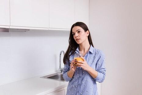 סידור ארונות מטבח
